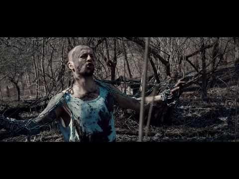 (15) Suvereno feat. Revolta - NIKDY SA NEVZDÁM (official clip) - YouTube