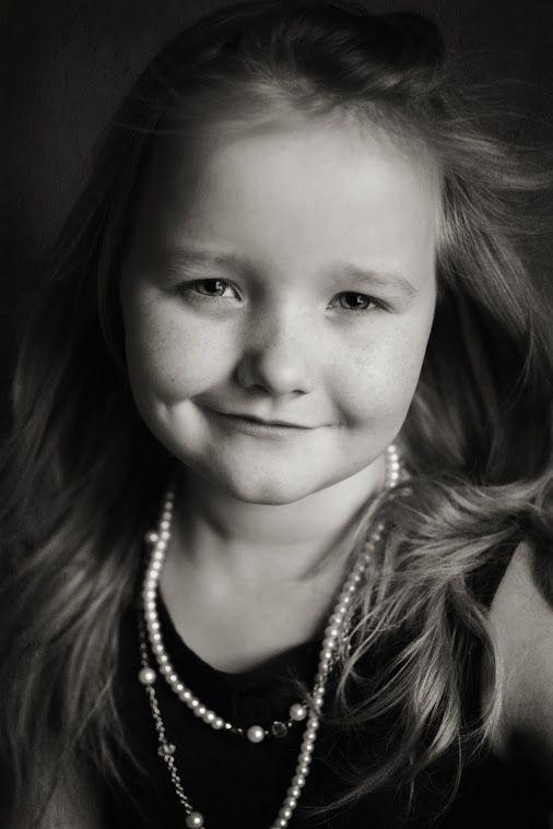 A black/white portrait of my little princess.  http://janesparrow.blogspot.no Children Photography