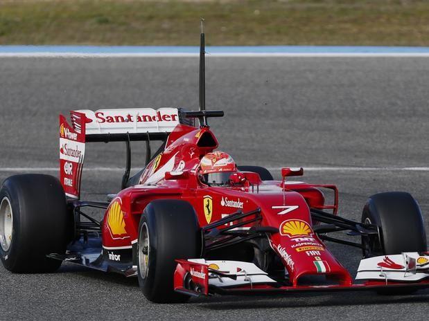 O piloto mais rápido do dia, marcado por problemas das equipes, foi o finlandês Kimi Raikkonen, da Ferrari, com a marca de 1min27s104 Foto: Reuters