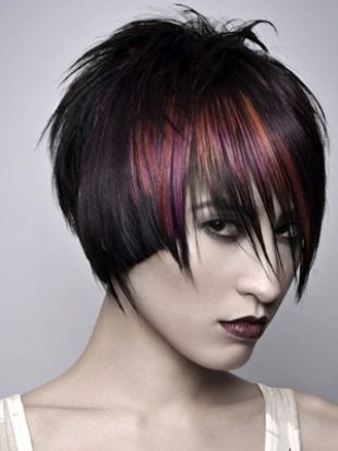 Funky Multi-Tonal Hair Color Effects - Multi-tonal hair color effects can be the ultimate accessory to put you in the spotlight wherever you go. If letting go of conventional and slightly conservative color choices is something you have in mind, exploring some of the following hairstyle alternatives might give you valuable insights in helping you decide the overall style.