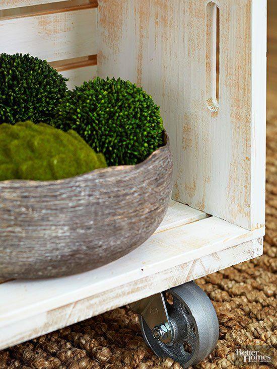 Holzkiste Dekor   – table