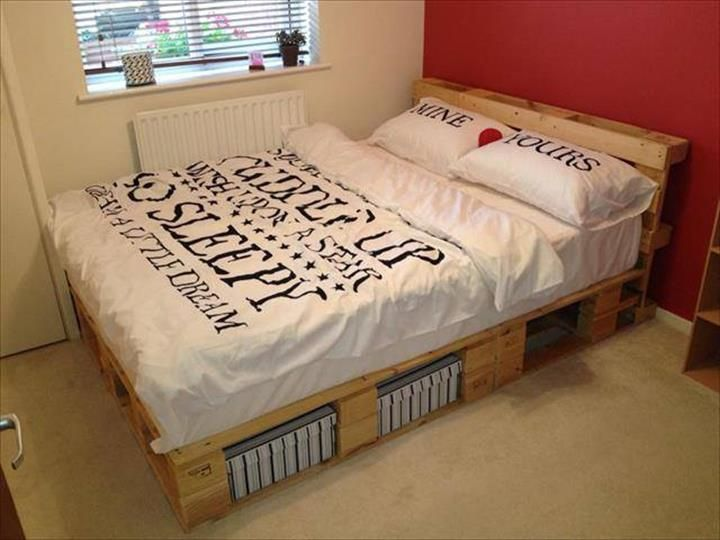 Wood Pallet Bed Design Ideas