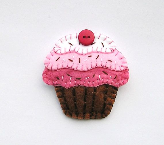 Felt Fridge Magnets Cake  food magnet  kitchen decor  by feltgofen