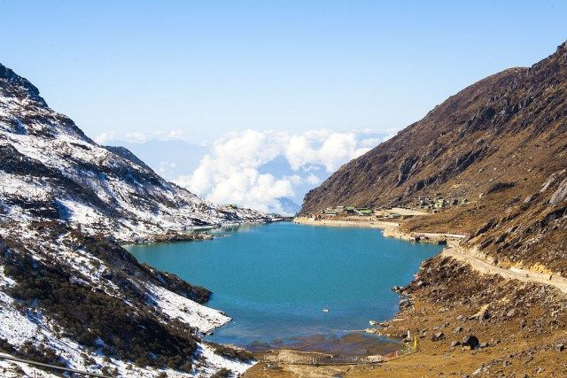 places to visit in gangtok (Tsmogo Lake)