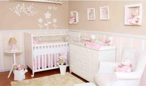 Decoração de quarto de bebê com enxoval tema ovelhinhas. Um projeto fofo com detalhes incríveis. Os quadros 3D de ovelhinhas ficaram lindos, confira!