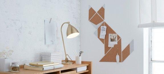 Dreiecke, Quadrate und Rauten aus Kork ergeben das abstrakte Fuchs-Bild. (Quelle: © tesa)