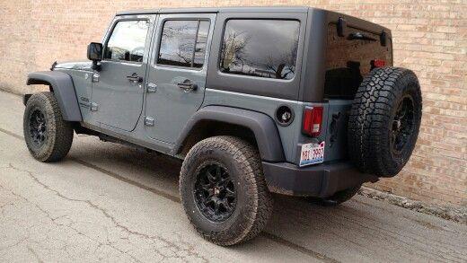 2015 Jeep Wrangler Unlimited Anvil 285 75 17 Falken