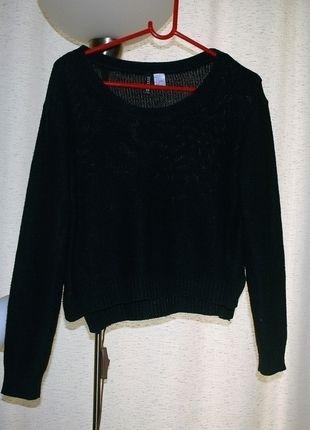 Kup mój przedmiot na #vintedpl http://www.vinted.pl/damska-odziez/bluzy-i-swetry-inne/12531926-modny-czarny-sweterek-crop-divided