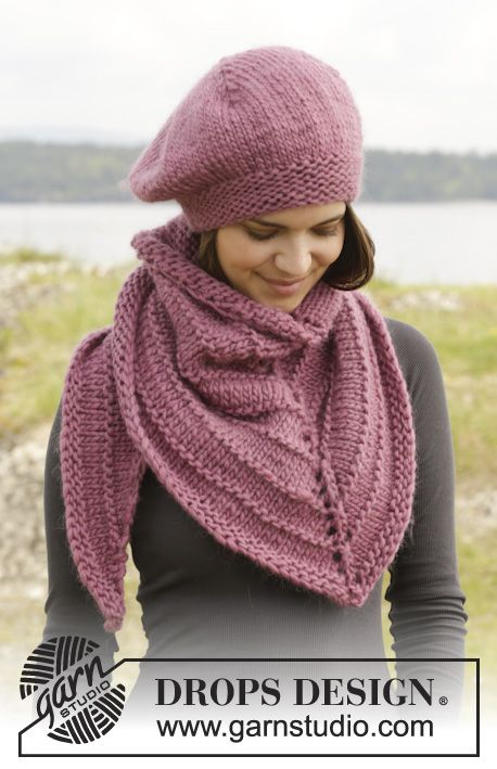 """Knitted DROPS beret and shawl in garter st and stocking st in """"Eskimo"""". ~ DROPS Design"""