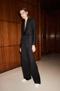 Victoria Beckham #atpatelier #atpatelierweekends #shart #suit