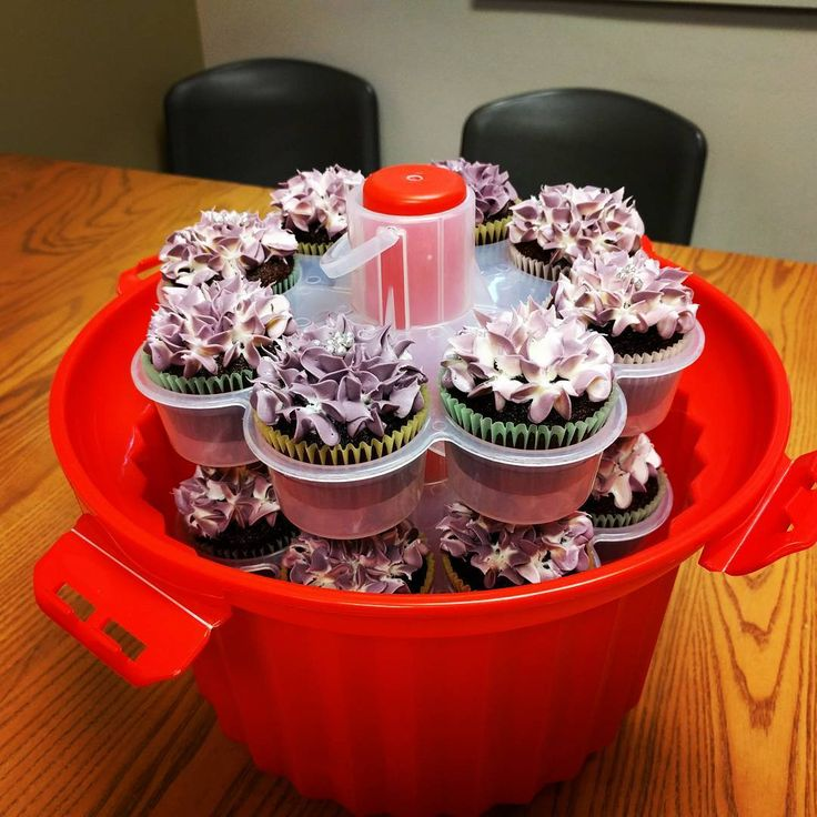 Wow! Ms. D'Andrea's cupcakes! :D #NSA #cupcakes #NSATeachersRock #Food