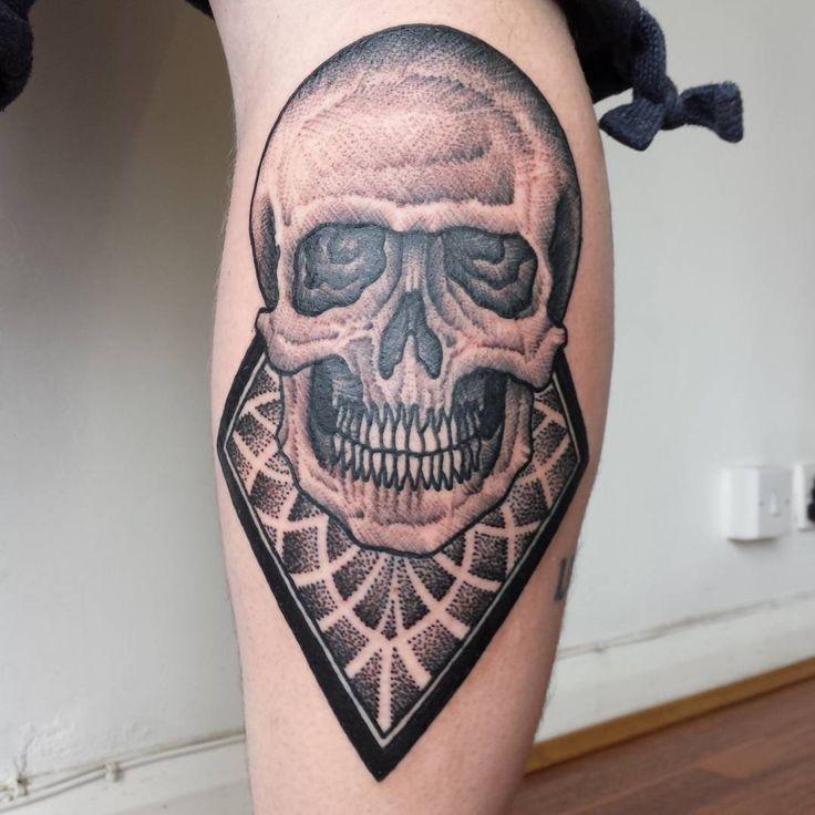 132 besten skulls bilder auf pinterest totenkopf tattoos. Black Bedroom Furniture Sets. Home Design Ideas
