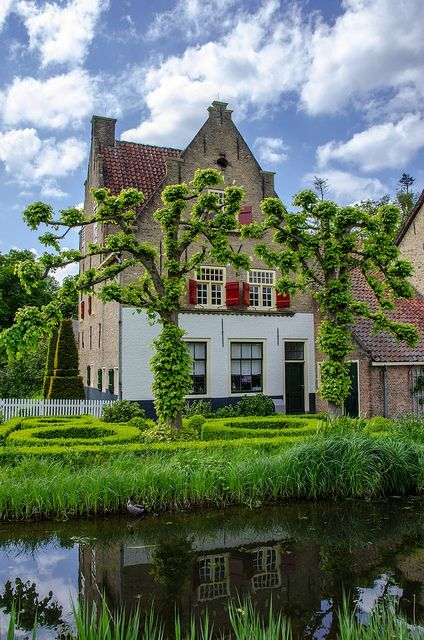 **Openluchtmuseum, Arnhem. - The Netherlands Open Air Museum (Dutch: Nederlands Openluchtmuseum) is an open air museum and park located near Arnhem with antique houses, farms and factories from different parts of the Netherlands. #visitholland #museum