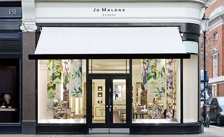Micheal  Angove was tapped by British fragrance brand Jo Malone to create lush, digitally produced papers for the release of a limited edition home collection based on two classic Jo Malone fragrances – Blackberry & Bay and Orange Blossom.