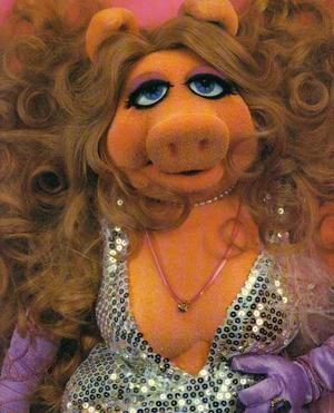 Miss piggy, what a classy lady!