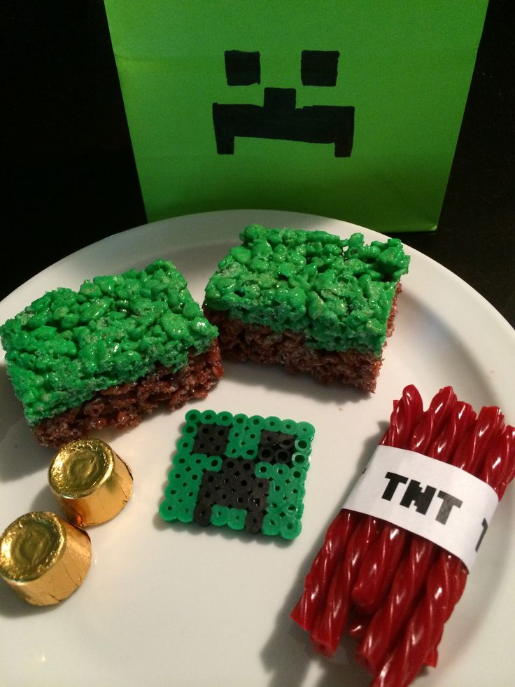 Minecraft Treat Bags for about a buck. Green bags from ...