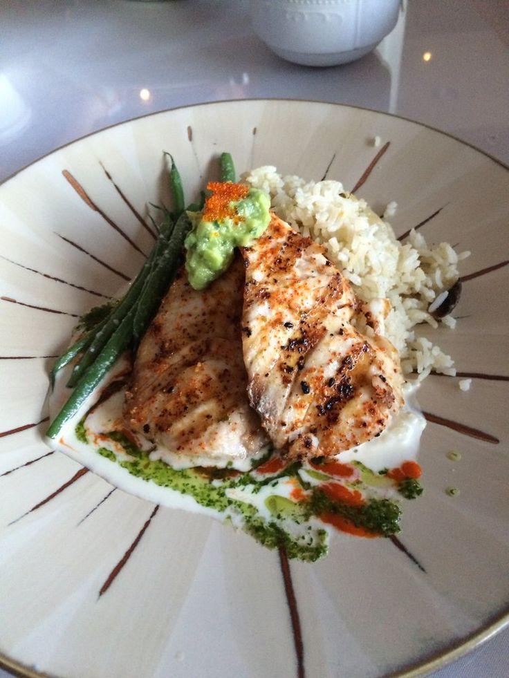 Cuatro kihei fish of the day mahi mahi prepared house for Fish bowl maui