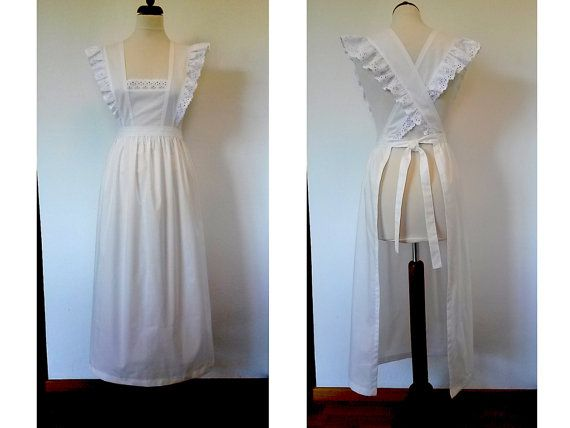 Victorian Edwardian maid apron. White cotton by ViaFUNICOLARE