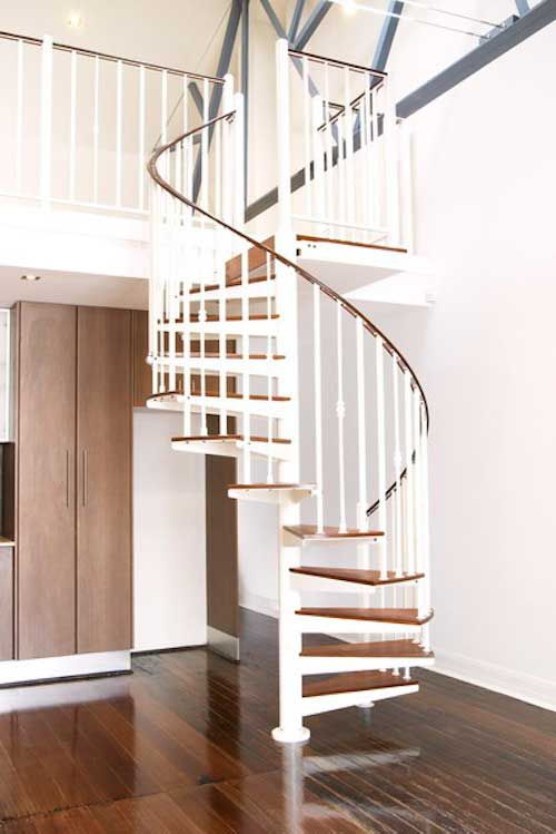 Best 1500 Series Customised Stair Timber Treads Spiral 640 x 480