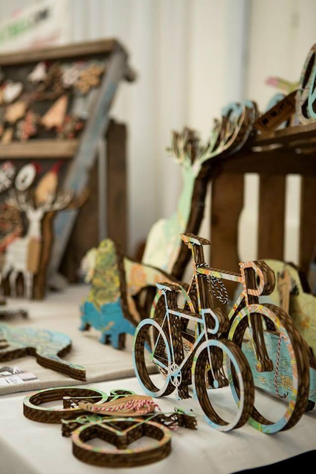 I want to ride my bicycle. I want to ride my cardboardbike #Laroid #handmade #customization #cardboard mail: info@laroid.com
