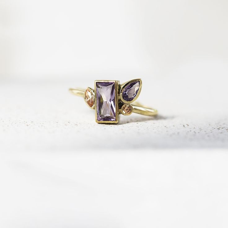 Silver ring with amethyst by ResDepot