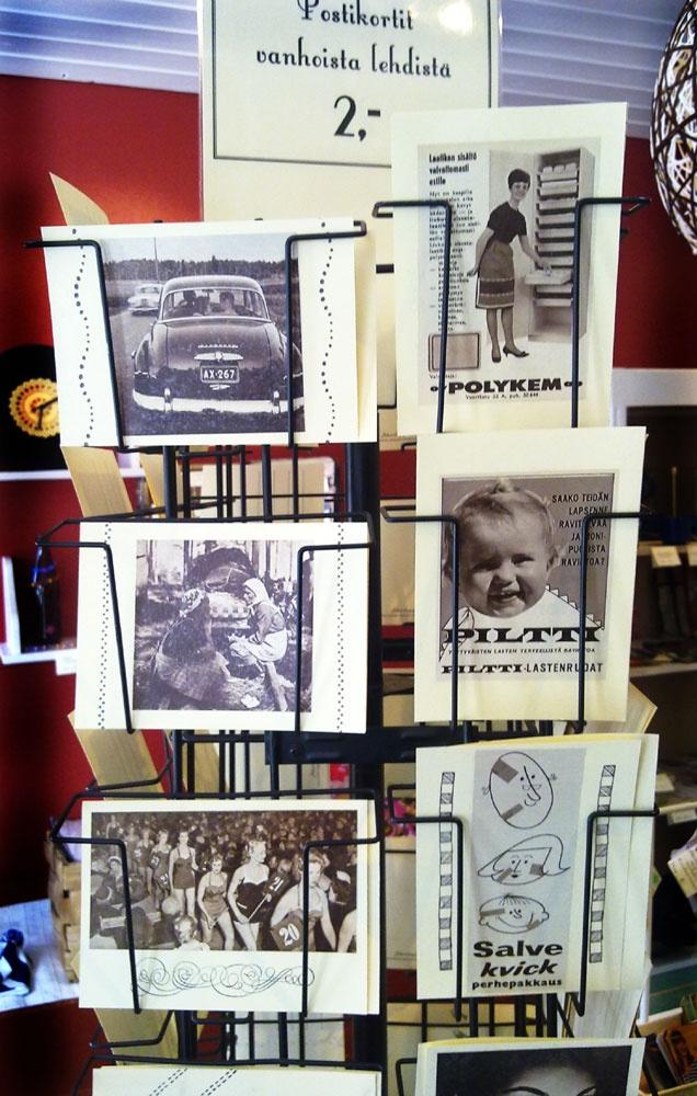 Postikortteja vintage -tyyliin vanhoista lehdistä  ------ Postcards made out of old magazines