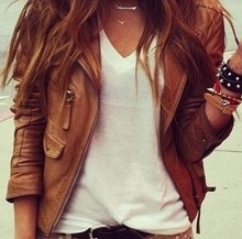 classy! Tan leather with a white v-neck, Im still looking for that perfect tan leather jacket tho