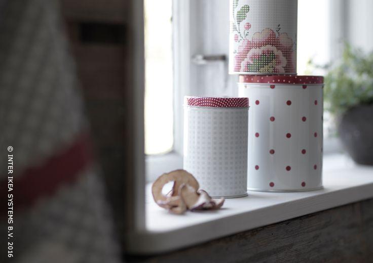 Conserver vos délicieux gâteaux dans des petites boîtes pleines de charme. Boîte avec couvercle INBJUDANDE #IKEABE