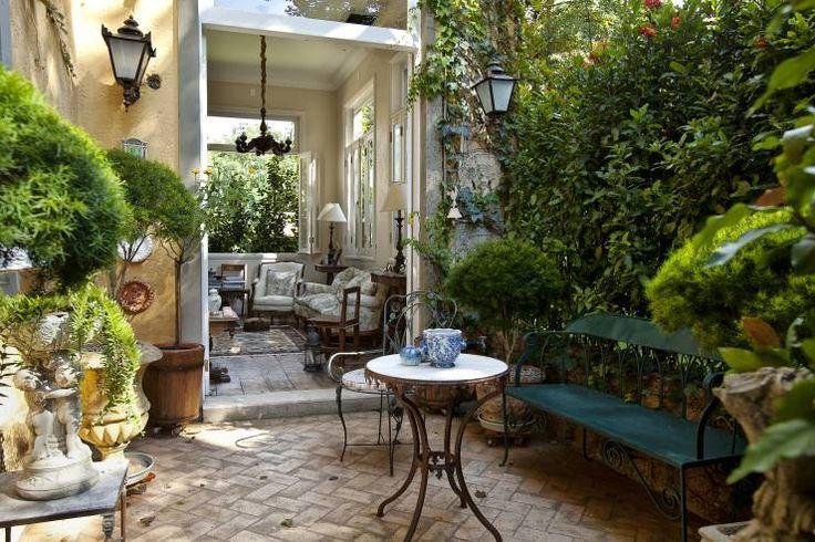 Casa de Campo Helvetia: Jardins de inverno Colonial por Marcelo Bicudo Arquitetura
