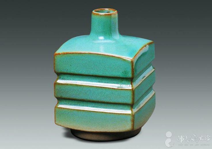 Han Meilin, 1980  #ceramics #pottery
