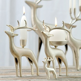 love these reindeer candles from pentik