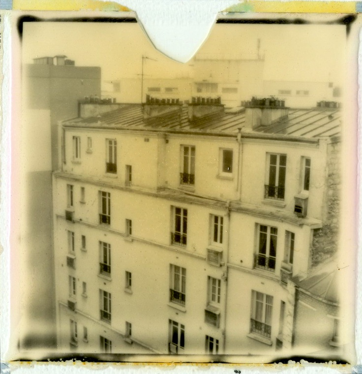 Paris XXème. Photo Polaroid by Hania Destelle