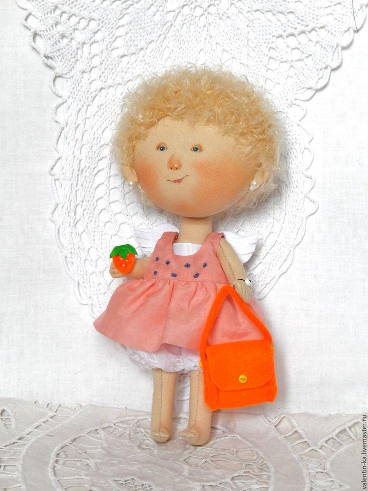 Купить Ангел с красным кошелечком ( по картине Е. Гапчинской) - комбинированный, кукла ручной работы