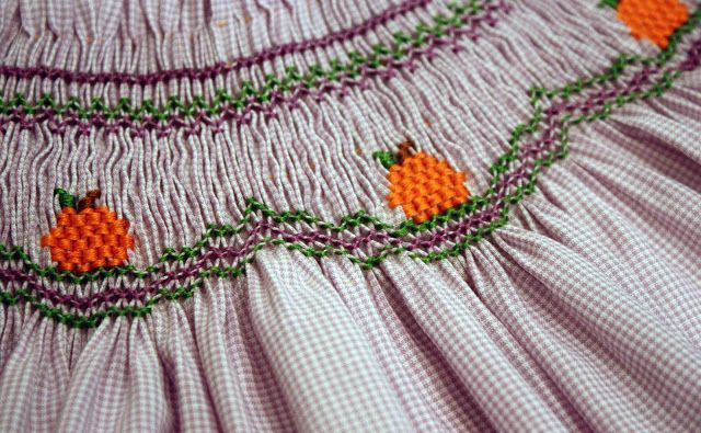 Free Little Smocked Pumpkins Smocking Design