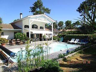 CONTEMPORARY+VILLA+++Holiday Rental in Bassin d'Arcachon from @HomeAwayUK #holiday #rental #travel #homeaway