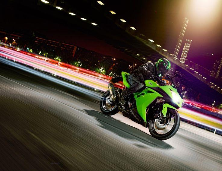 A Kawasaki Ninja 300 é uma das motos mais completas e admiradas do Brasil e do mundo. Saiba mais: http://www.consorcioparamotos.com.br/noticias/consorcio-kawasaki-ninja-300-a-partir-de-r332-68-mensais?utm_source=Pinterest_medium=Perfil_campaign=redessociais