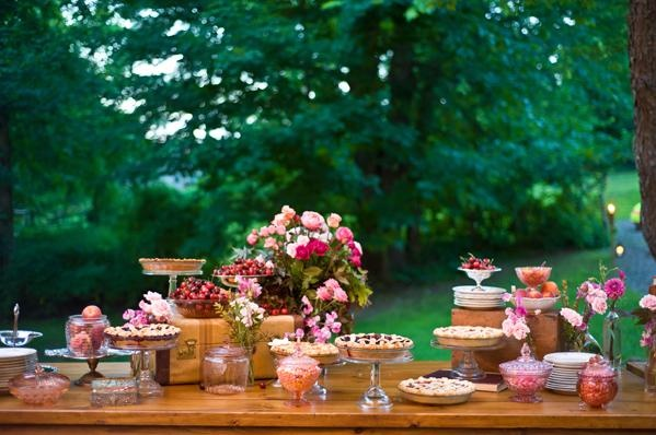 A fun pie table because my aunt will be making pies for my wedding...the bomb