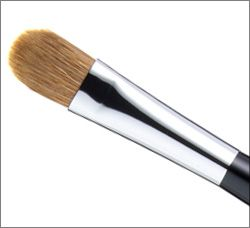 Consmetic Eye Shadow Brush available at japan-marche.com