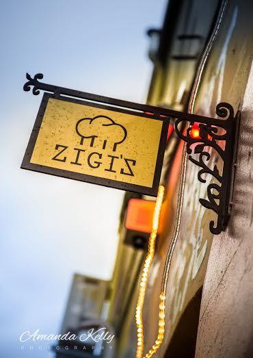 Welcome to Zigi's bar