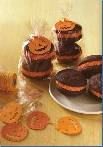 Adorable whoopie pies - love the sprinkles, love the packaging!