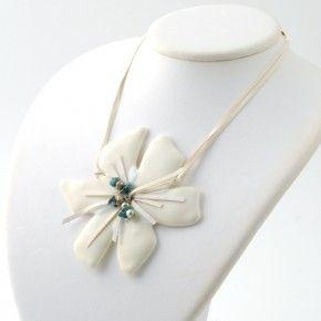 Vetrofuso by Daniela Poletti white Hibiscus flower Turquoise