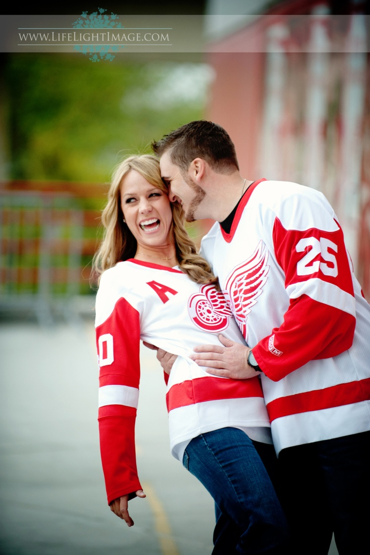 If I ever find a woman so cool she likes the Red Wings enough to wear jerseys in an engagement picture, I may actually get married!