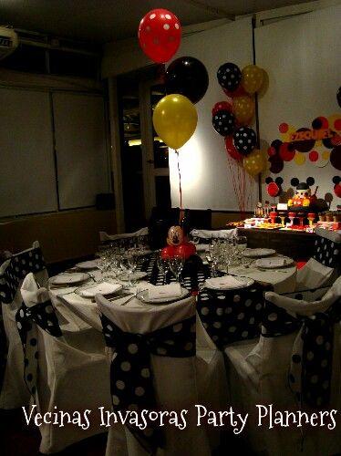 #birthday #mesadulce #vecinasinvasoraspartyplanners #cakeideas #cumpleaños #sweetideas #tortas #torta #cumplesinfantiles #fiestasinfantiles #eventos #cupcakes #cakepop #dulces #candybar #colors #eventplanners #sweet #fiestatematica #galletitasdecoradas #fondant #cookies