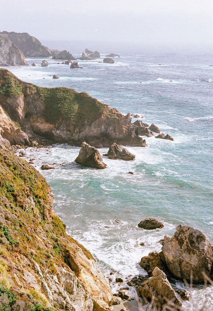 That California coast.. https://dfg.exposure.co/big-sur?utm_content=buffer24db9&utm_medium=social&utm_source=pinterest.com&utm_campaign=buffer by Daniel Gorman - shot on 35mm film and #toldwithexposure