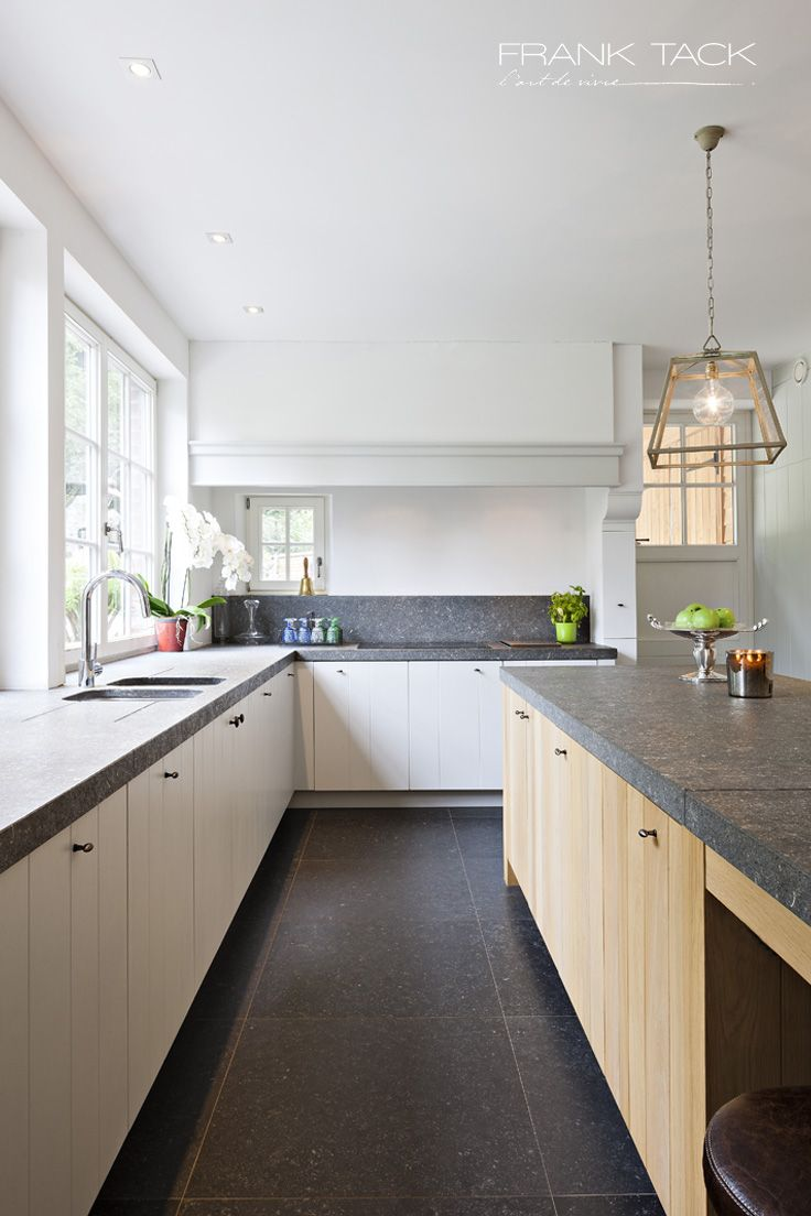 Keukens - Sober landelijk - Frank Tack - L'art de vivre - Oostrozebeke - #keukens #landelijk #strak #modern #franktack