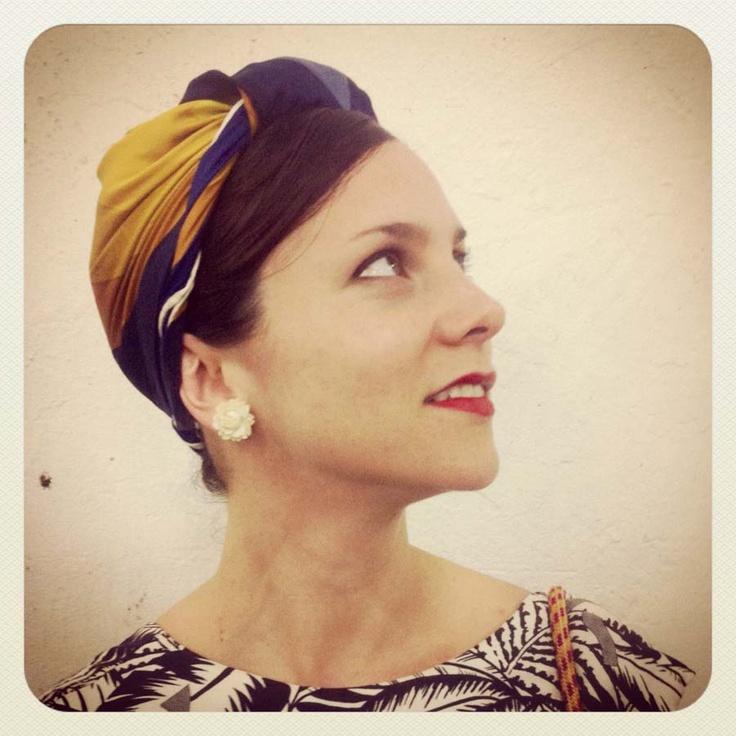 Paola Sinisterra con los turbantes de Miss Balanta