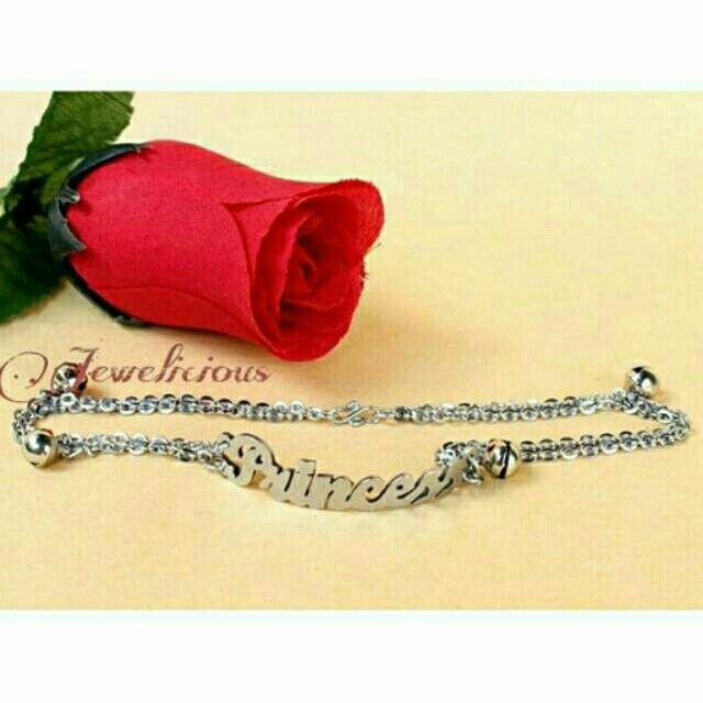 Temukan dan dapatkan Gelang/Gelang Kaki Nama Monel Silver hanya Rp 85.000 di Shopee sekarang juga! http://shopee.co.id/jewelicious.id/14312358 #ShopeeID