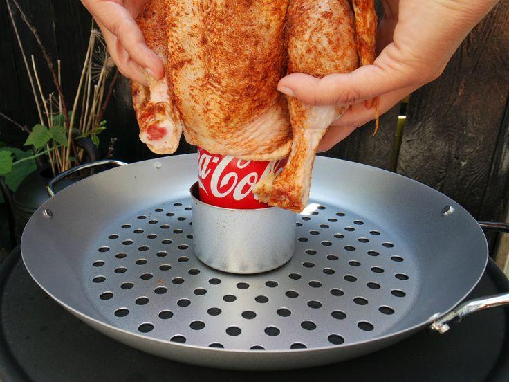 Mijn buurman noemt mij de koningin van de kippenpoot. Ik ben inderdaad best goed in kip. Maar kan ik ook een cola kip van de bbq?