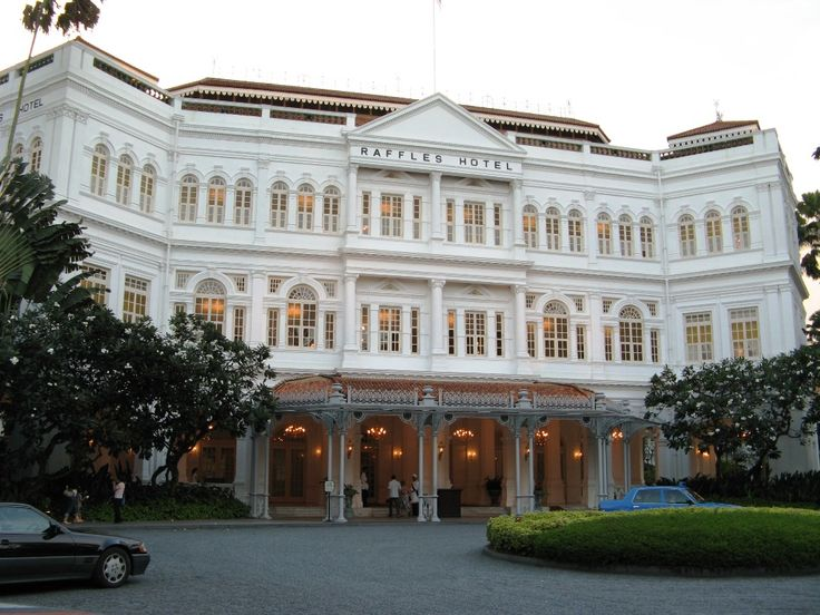 Raffles Hotel Located In Central Singapore Is A Business Friendly Within Walking Distance Of Civilian War Memorial Suntec