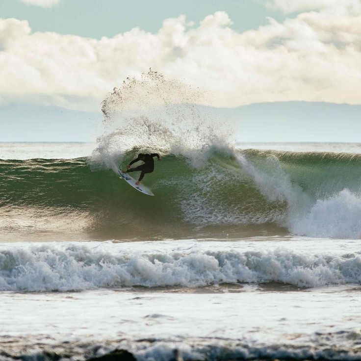 """2,802 Suka, 3 Komentar - Rip Curl Australia (@ripcurl_aus) di Instagram: """"@ConnerCoffin wears the #FlashBomb Plus, the ultimate wetsuit for the surfer who wants the best……"""""""